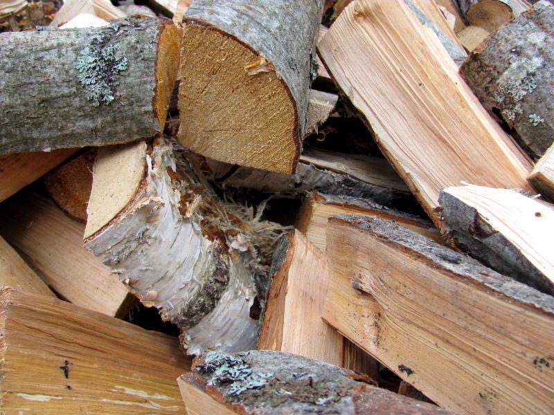 Was kostet Brennholz